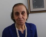 TRABZON LISESI - Avni Aker'e Veda Yılında Babasını Anlattı