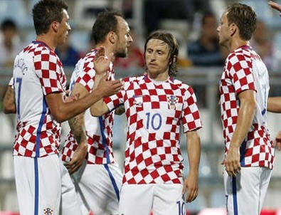 Hırvatistan: 10 - San Marino: 0
