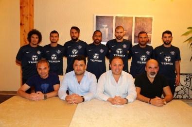 Adana Demirspor'da Toplu İmza