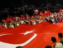 Binlerce kişi Boğaziçi Köprüsü'nde toplandı
