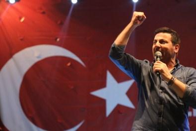 Davut Güloğlu'ndan Sessiz Kalan Sanatçılara Tepki