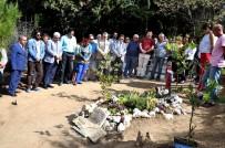 TUNCEL KURTİZ - Tuncel Kurtiz mezarı başında anıldı