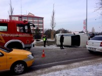 SARA KRİZİ - Direksiyonda Sara Krizi Kaza Yaptırdı