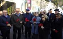 KEZBAN HATEMİ - Ortaköy'deki Terör Saldırısında Hayatını Kaybeden Karanfillerle Anıldı