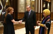LINDSAY LOHAN - Cumhurbaşkanı Erdoğan, ABD'li Ünlü Oyuncu Lindsay Lohan'ı Kabul Etti