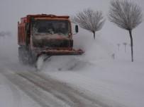 KARASAR - Sivas'ta Karla Mücadele Çalışmaları Aralıksız Sürüyor