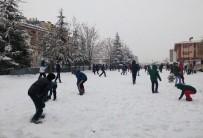 Tunceli'de 3 İlçede Eğitime Kar Tatili