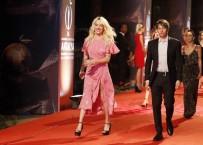 LINDSAY LOHAN - Antalya Film Festivali'nde Şıklık Yarışı