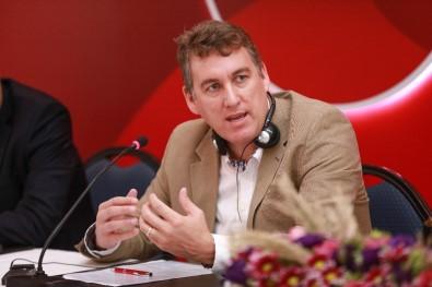 Vodafone Tüm Dünyada Yeni Marka Stratejisini Duyurdu