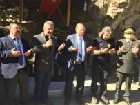 CHP Lideri Kılıçdaroğlu'nun Konvoyunda Şehit Düşen Askerin Anısına Çeşme Yaptırdılar