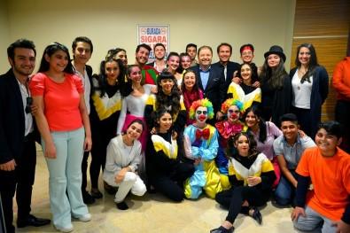 Bağımsız Mutluluk Merkezi'nden'Güneş Kasabası Sirki' Oyunu