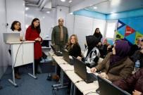 SKYPE - Türk Telekom'dan Küçükçekmeceli Kadınlara Teknoloji Eğitimi