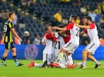 UEFA AVRUPA LIGI - Vardar, Fenerbahçe'den sonra sıfırladı