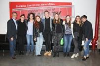 ROBERT KOLEJI - Yönetmen Ecegül Bayram'ın Filmi Aşrı'ya Amerika'da Ödül Yağdı