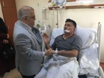 KıRŞEHIRSPOR - Vali Şentürk, Darp Edilen 1969 Kırşehirspor İkinci Başkanını Hastanede Ziyaret Etti
