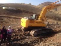 Hozat'ta, Yenidoğdu Köyünün Yol Sorunu Çözüldü