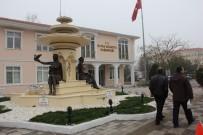 OĞUZ TEKİN - Hafta Sonunu Bulgaristan'da Geçiren Belediye Başkanlarına Seçmenlerinden Tepkiler