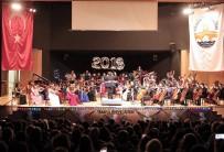 YUSUF GÜLER - Yeni Yıl Konseri Nefes Kesti
