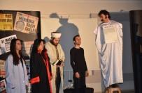 CEM KURTOĞLU - Tiyatro Oyunu İle 'Evet' Dediler