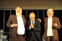 TANER BARLAS - İki usta tiyatrocu ayakta alkışlandı
