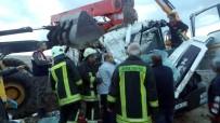 Hazır Beton Pompa Vinci Şarampole Devrildi Açıklaması 1 Ölü, 1 Yaralı