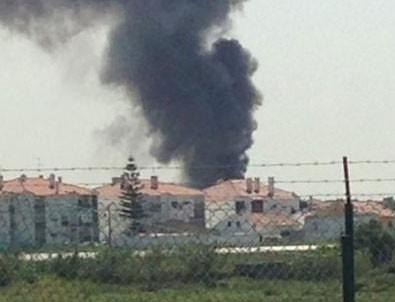 Uçak yere çakıldı: 4 ölü