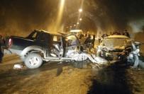 Tünelde İki Araç Kafa Kafaya Çarpıştı Açıklaması 3 Ölü, 3 Yaralı