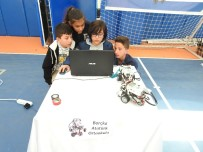 Artvin'de Ortaokullar 'Robotik Yarışmasında' Boy Gösterdi