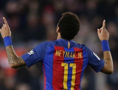Barcelona, Real Madrid'i takibini sürdürüyor