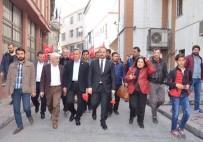ŞİRİN ÜNAL - Beyoğlu'nda Yeni Anayasa Sistemi 'Sevgi Yürüyüşü' İle Anlatıldı