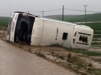 Cumhurbaşkanı Erdoğan'ın mitingine gelenleri taşıyan otobüs devrildi: 3 ölü, 20 yaralı
