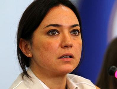 Banu Güven PKK'lı Ayşe Deniz Karacagil'e üzüldü
