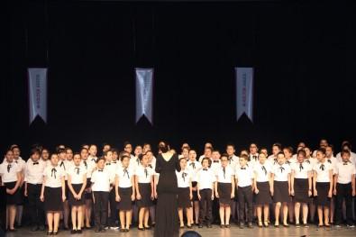 Düzce Kültür Koleji'nin Sanat Gecesi Büyük Beğeni Topladı