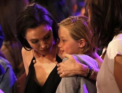Brad Pitt ve Angelina Jolie'nin kızları Shiloh cinsiyet değiştiriyor