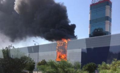 Balçova Ege Park'ta korkutan yangın