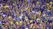 UEFA AVRUPA LIGI - Kadıköy'de taraftardan yönetime tepki