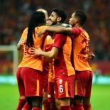 FRANK RİJKAARD - Galatasaray 8 Yıl Sonra Lige 3'Te 3 İle Başladı