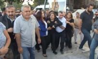 AYSEL TUĞLUK - Tutuklu HDP'li Tuğluk, Annesinin Cenazesine Katıldı