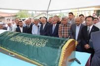 MÜNİR KARAOĞLU - Başkan Karaosmanoğlu'nun Babası Son Yolculuğuna Uğurlandı