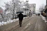 242 Köy Yolu Kapandı