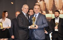 CHRISTOPH DAUM - Futbol Efsanesi Stoichkov'dan Adanalı Doktora 'Spora Destek' Ödülü