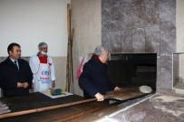 Bakan Fakıbaba Eline Küreği Alıp Ekmek Pişirdi