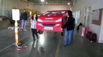 KARTON FABRİKASI - Yerli Otomobile Karton Maketle Talip Olacaklar