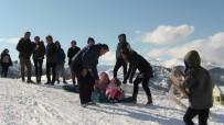 Beyaz Renk Kar Festivali'nde Karın Zevkini Çıkardılar