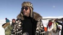 BURAK KUT - Buz Tutan Çıldır Gölü'ne Turist Akını
