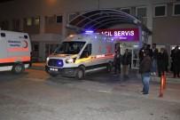 İki Araç Çarpıştı Açıklaması 1 Ölü, 4 Yaralı