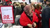 DİDEM SOYDAN - Mediamarkt 'Şahane Cuma' İndirimini Başlattı