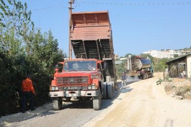 Erdemli'de Asfaltlama Çalışması Sürüyor