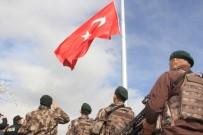 METIN GÖKTEPE - Kaletepe'ye Dev Türk Bayrağı