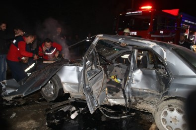 Üç Aracın Karıştığı Kazada 1 Kişi Öldü, 2 Kişi Yaralandı